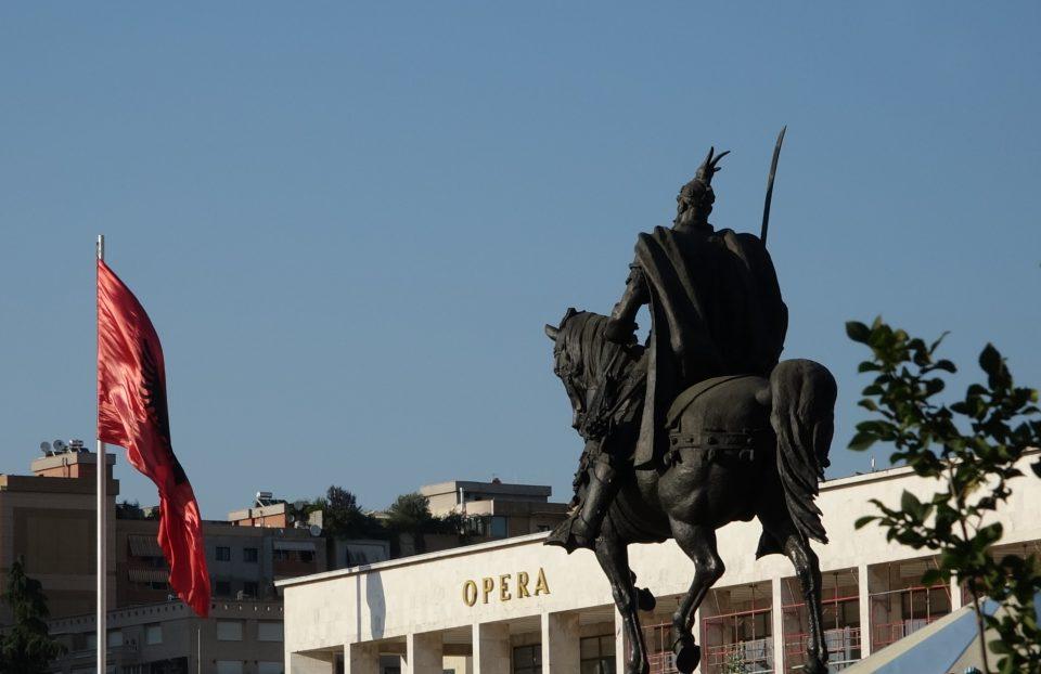 tirana, albania, balcani, tiranas, skanderbeg