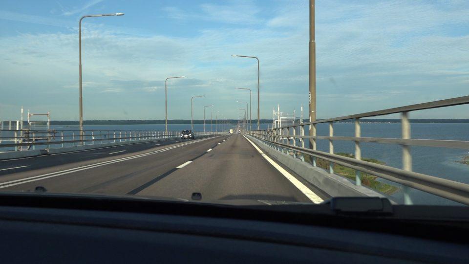 Granna e Kalmar. Ponte di Olandsbron, uno dei ponti più lunghi d'europa che collega Kalmar all'isola di Oland.