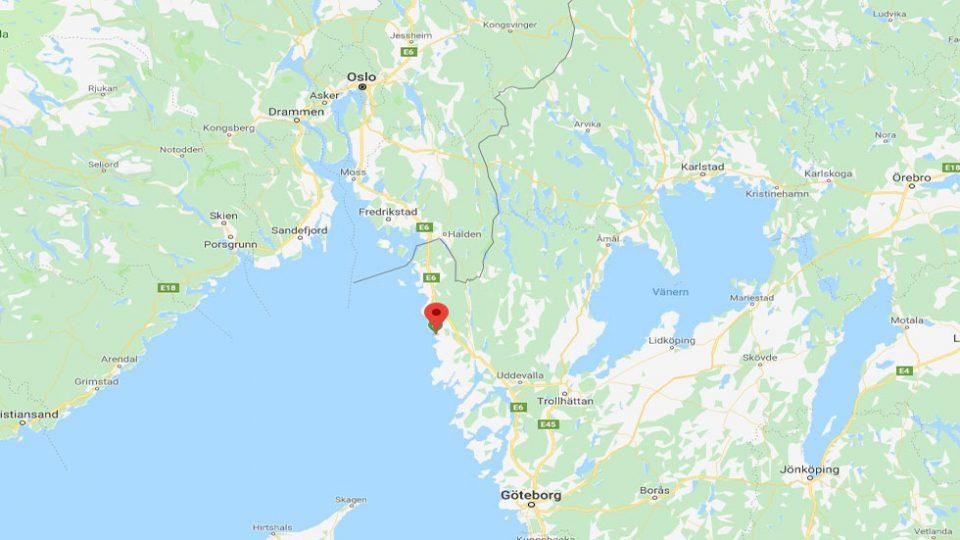 Fjallbacka. Particolare della cartina stradale da dove si può individuare l'unica strada di collegamento tra Goteborg e Oslo.
