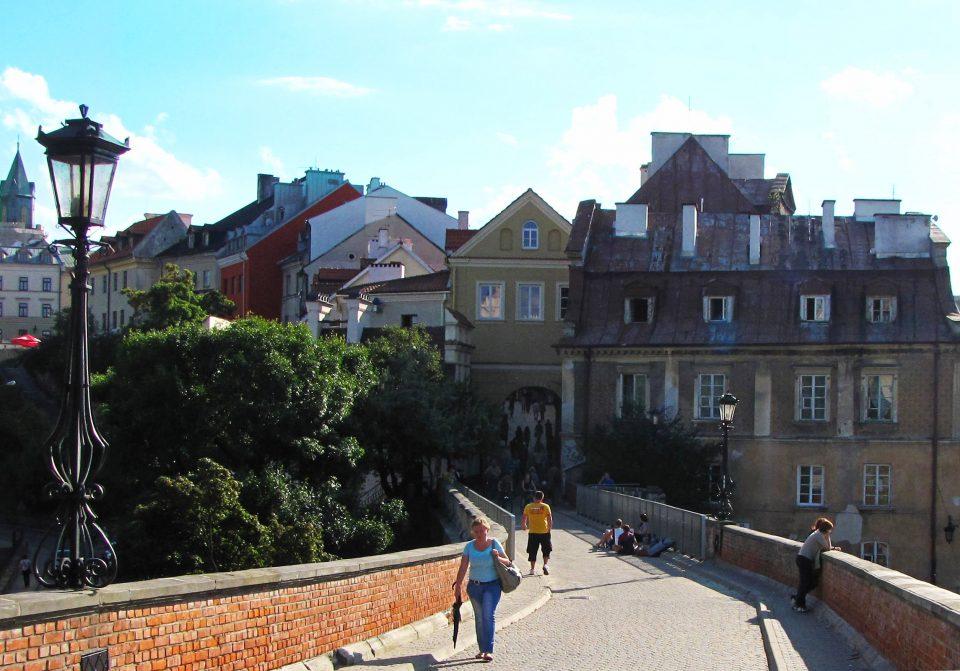 Lublino-La via Zamkova che dal castello conduce all'ingresso della città vecchia.