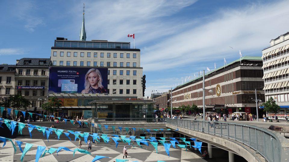 Stoccolma. Sergels torg, la piazza centrale, fulcro della vita cittadina.