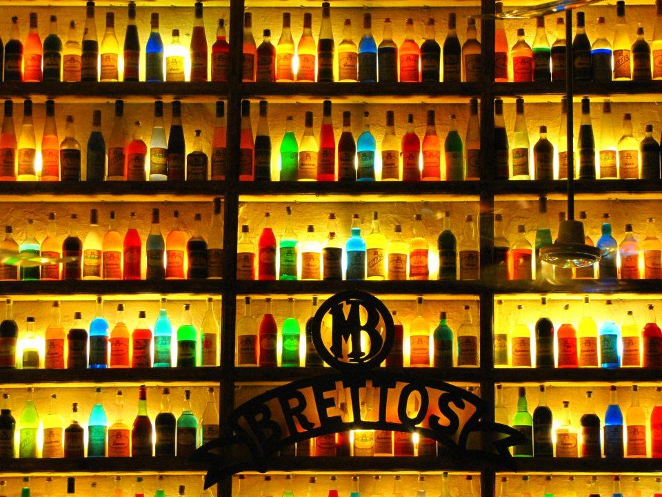 Atene. Taverna nei pressi della Plaka.