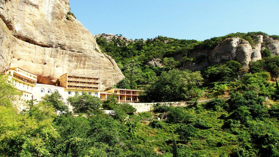 Kalavryta. Megalo Spilià o Mega Spilo, monastero della grotta.
