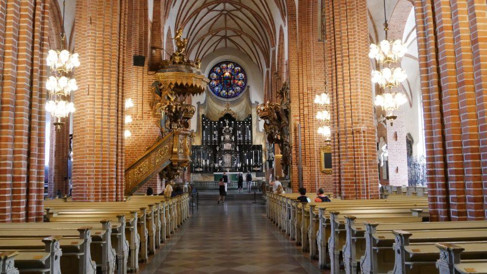 Stoccolma. Interno della Cattedrale con volte reticolate.