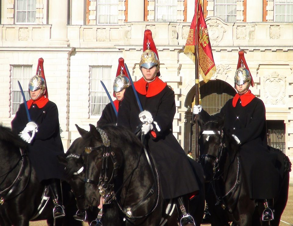 Londra. Horse Guard Parade. Reggimento Blues and Royals.