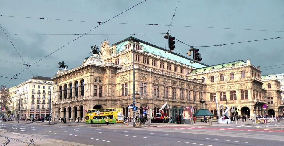 Vienna. Palazzi neoclassici nel centro storicio