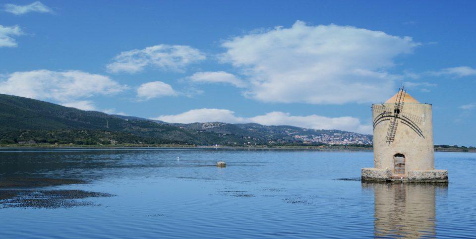 Cosa. Mulino spagnolo nella laguna di Orbetello.