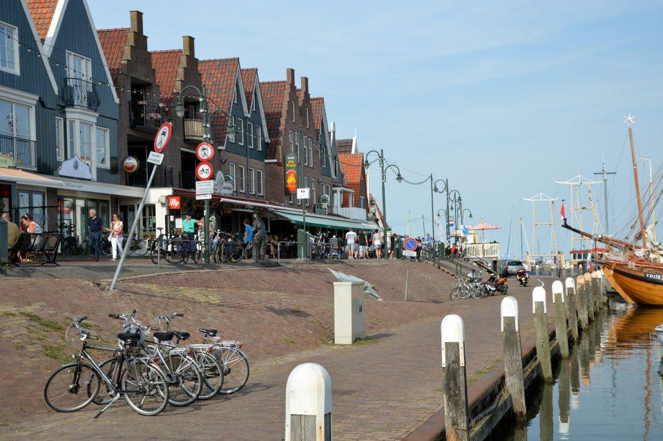 Edam Volendam Marken. Il porto di Volendam. La parte più caratteristica della cittadina.