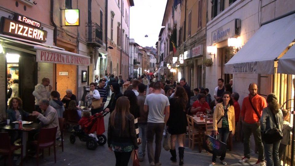 Orbetello. Corso Italia al tramonto