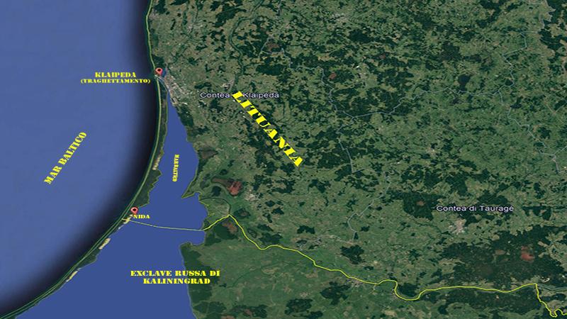Nida. Mappa della Penisola di Neringa, segno del confine con kaliningrad.