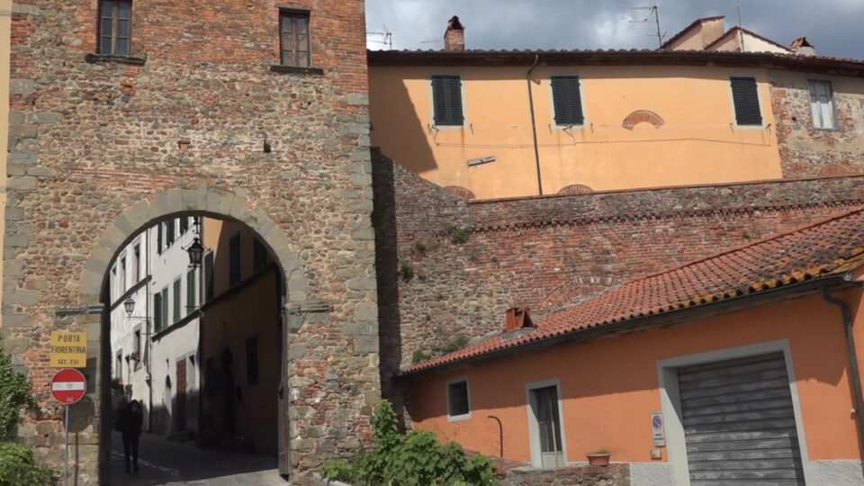 Montecarlo. Porta Fiorentina, vecchio tradizionale ingresso al centro storico.